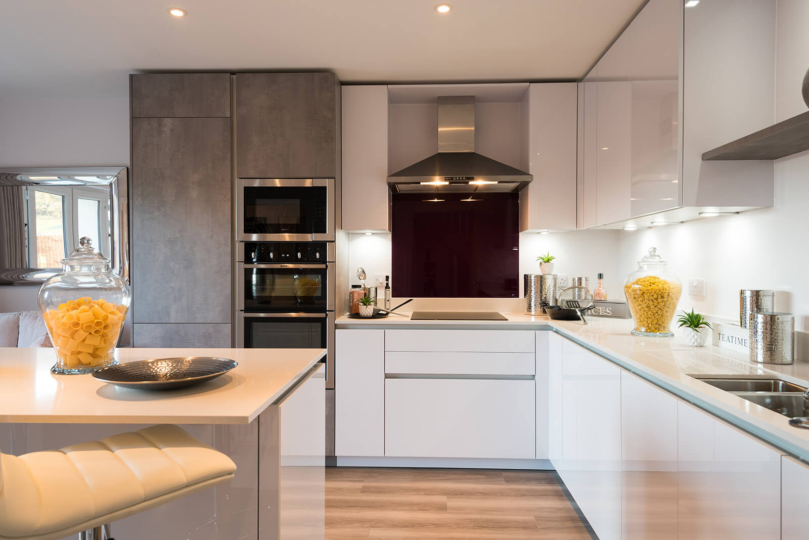 ... Space Or A Welcoming Family Environment, Oakmere Will Promise To  Deliver You Your Own Little Piece Of Heaven With A Kitchen Chosen And  Designed By You.